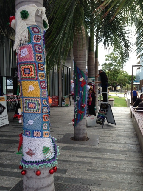 Christmas Yarn Bombing.Christmas In The City Yarn Bombing The Townsville Chinese